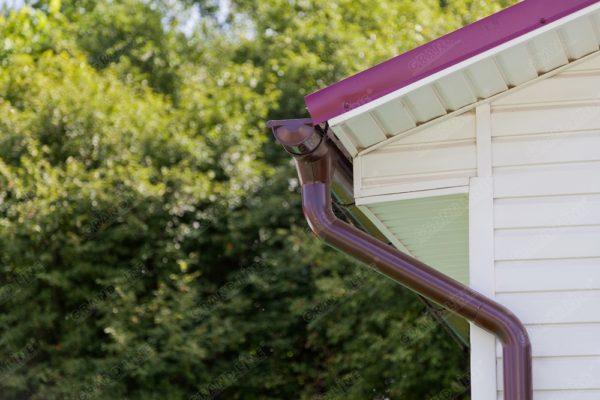 Кронштейн трубы на дерево 90мм RAL 3005 красное вино