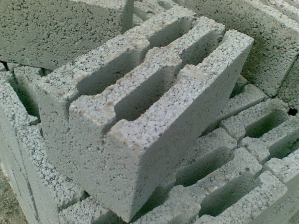 Шлакоблок стеновой ШБС-30 390х190х190