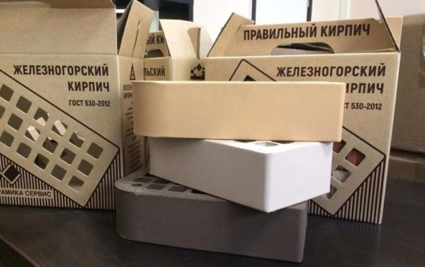 Кирпич фасонный лицевой КФ-2 Коричневый 1,4НФ ЖКЗ 250х120х88